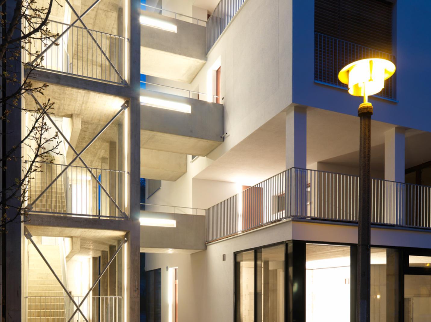 Particolare accessi agli appartamenti